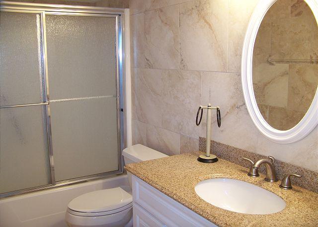 HE601-Bathroom3