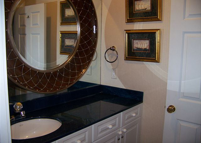 Cape Cobb - Bathroom 4