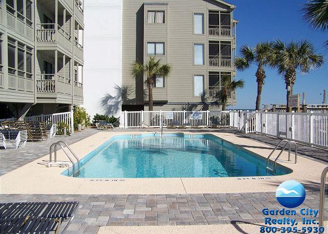 Ocean Cove 306