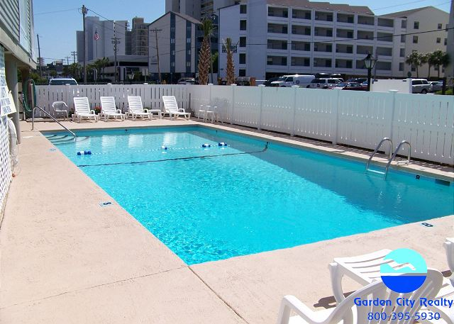 Drifter 201 - Pool Area