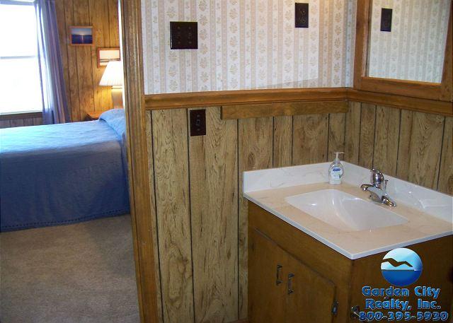 Inlet Joy - Bathroom 2