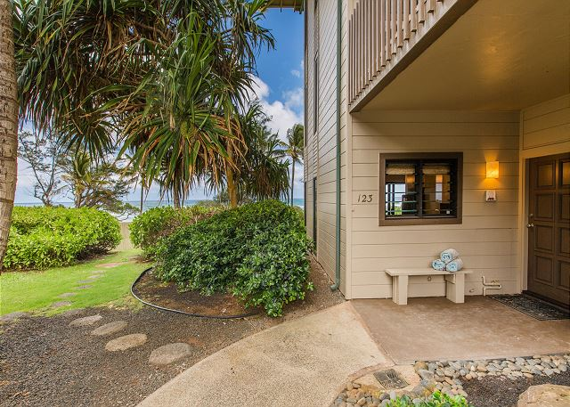 Take in the beautiful ocean views as you enter your own private, oceanfront Hawaiian oasis.  Kaha Lani #123 is a ground floor unit with no stairs.