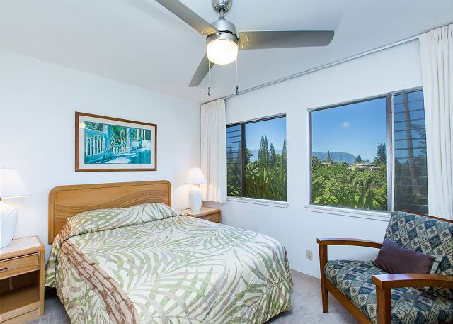 Bedroom 2 with Queen Bed & mountain views!