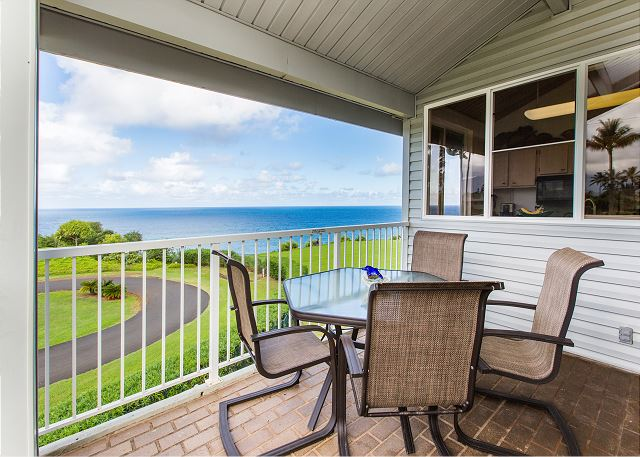 Front Lanai with spectacular Ocean Views