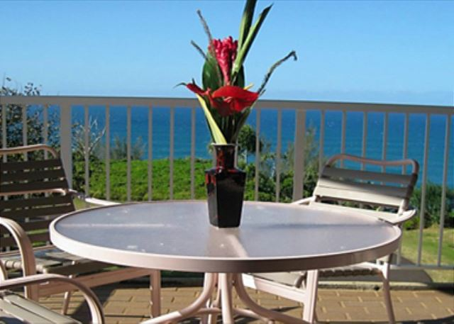 Ocean views from your 3rd floor lanai
