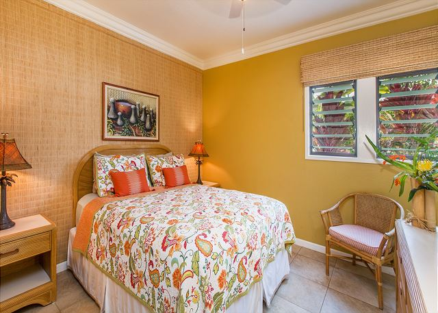 Master bedroom with queen bed & private bath
