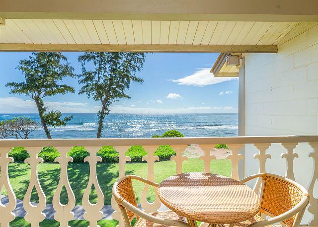 Oceanfront View Lanai
