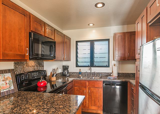 Full Kitchen for all your dining needs.