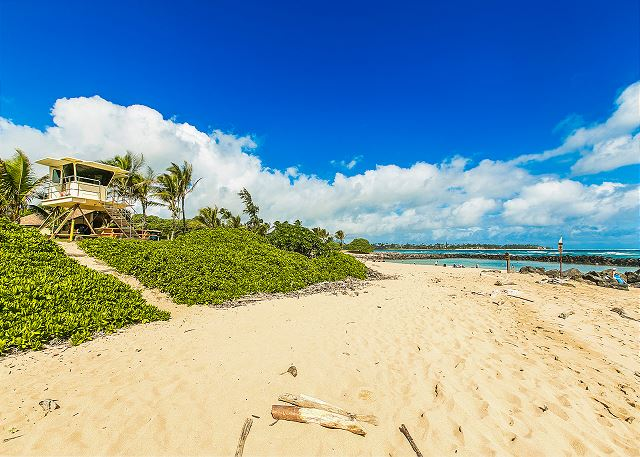 Life-guarded beach just a few minute walk or short drive from Kaha Lani Resort.
