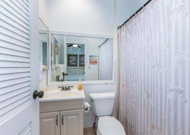 Full Bathroom off of master bedroom with tub/shower