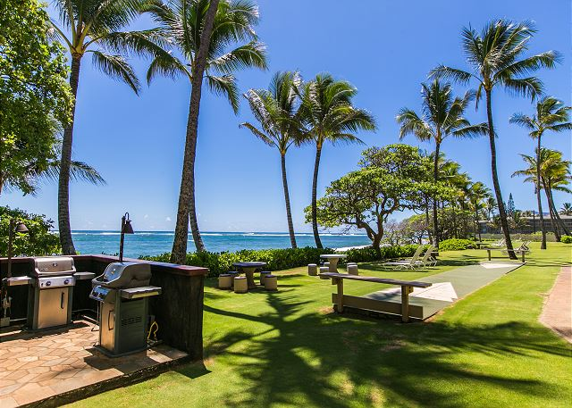 Kapaa Shore Resort BBQ grills ready for you!