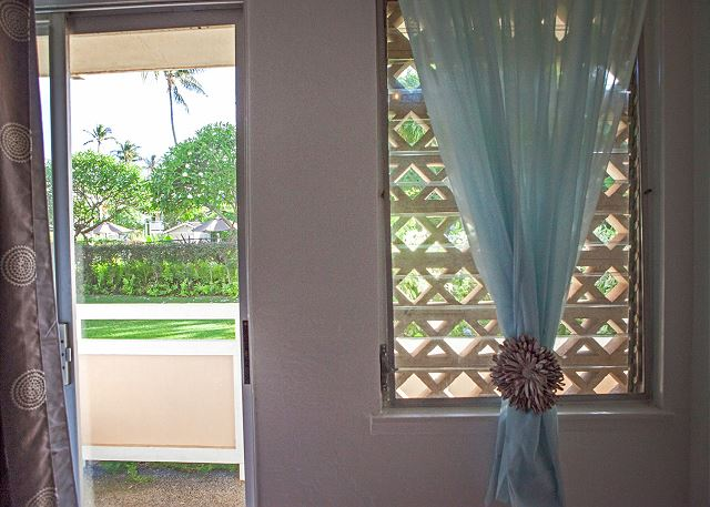 Access to Private Outdoor Lanai