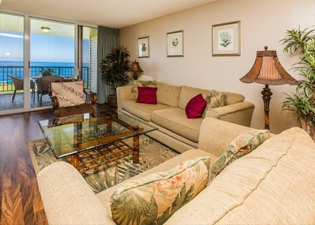 Spacious Living Area with Spectacular Ocean Views