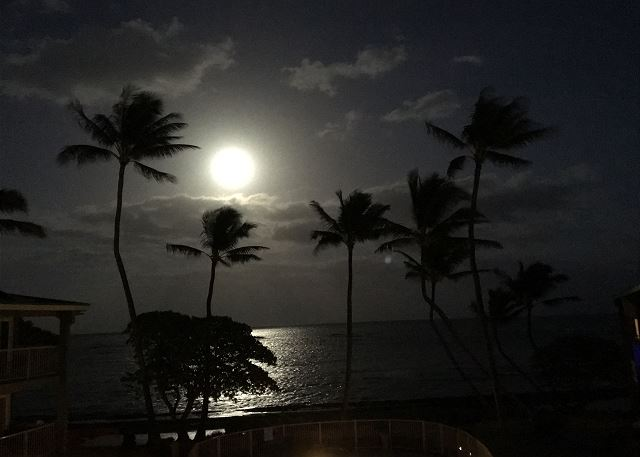 Full moon view from lanai