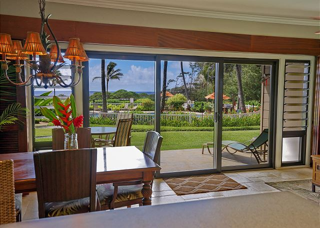 Walk to the Ocean and Pool from your Lanai