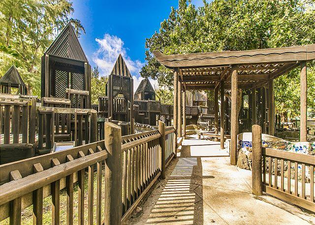 Walk to Lydgate Beach Park and Kamalani Playground