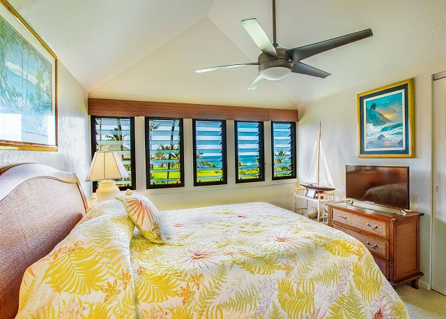 Upstairs Ocean-View Master Bedroom with Queen Bed