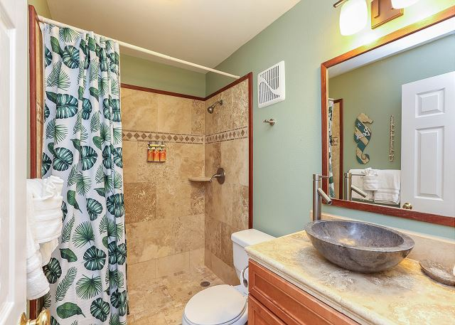Full Bathroom with Malie Organic Products