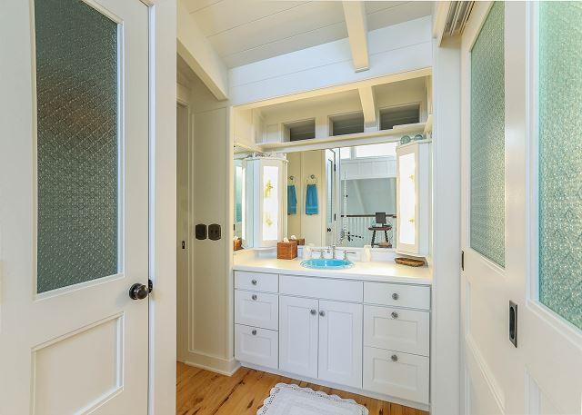Upstairs Bathroom Area