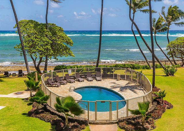 Oceanfront & Pool View from your Lanai