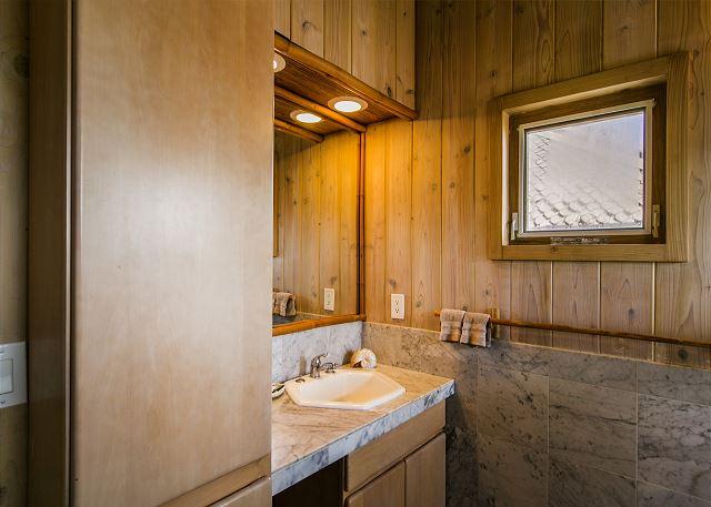 Bungalow Bathroom with walk in shower