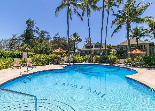 Kaha Lani Resort Pool & BBQ Area