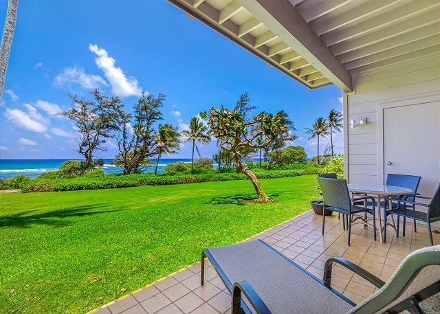 Relax at sunrise or sunset on your Oceanfront lanai