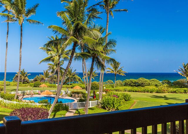 Ocean Views, Moon Rise and Sunrise  from your own Lanai!