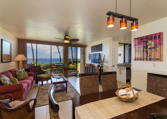 Living & Dining Areas all with ocean views!