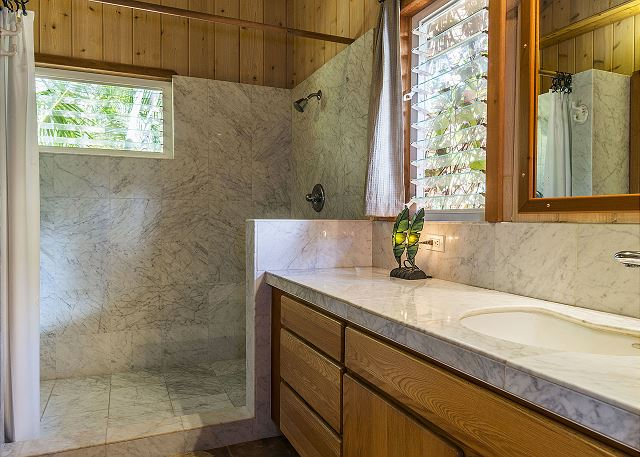 Aloha Suite Marble Bathroom with double shower heads!