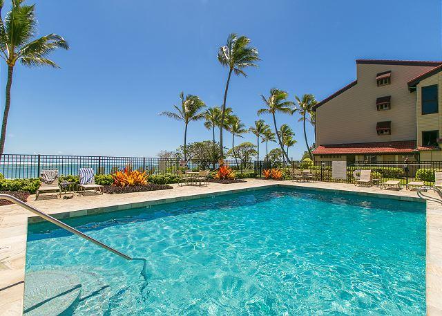 Kapaa Shore Resort Pool