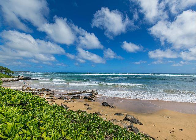 Kaha Lani Resort Beach