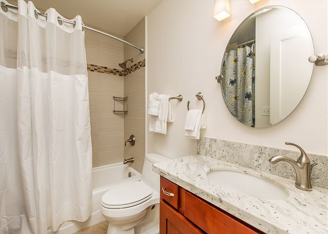 Full Bath with washer/dryer