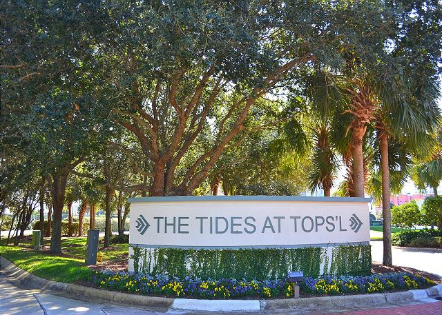 Tides Resort Entrance