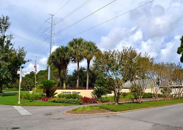 Linkside 475 - Neighborhood Entrance