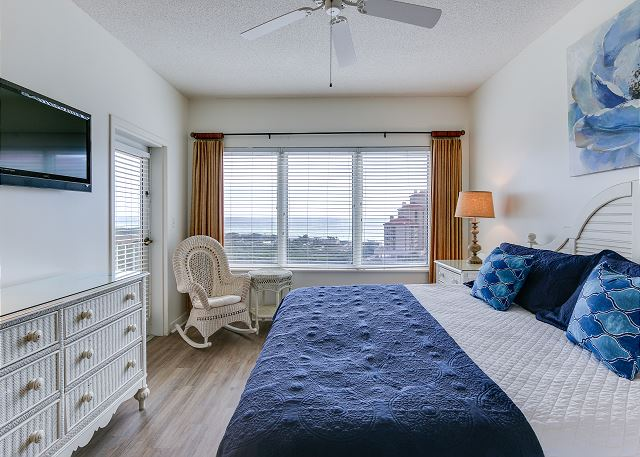 Summit 811 - Master Bedroom View