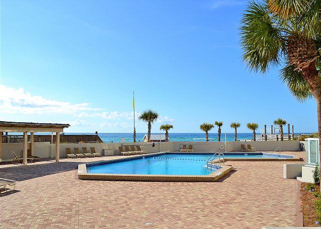Beachside II 4313 Pool