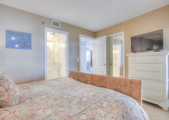 Beachside II 4271 Guest Bedroom