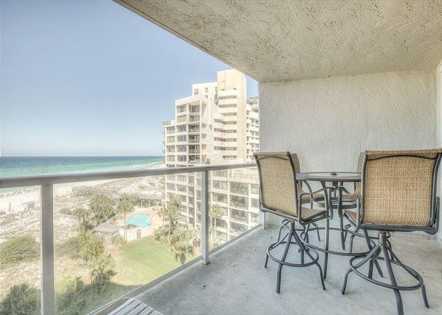 Beachside II 4271 Balcony