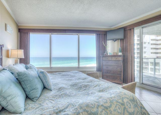 Beachside II 4271 Master Bedroom