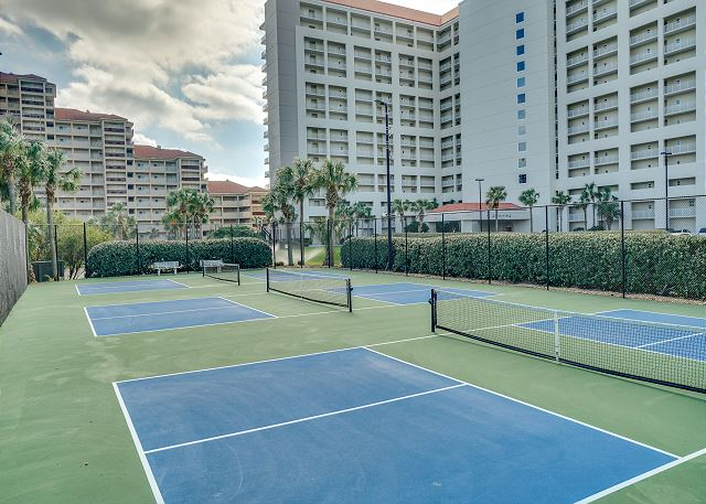 Tides Tennis Courts