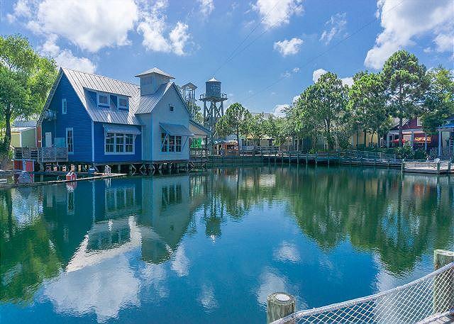 Baytowne Wharf Ponds
