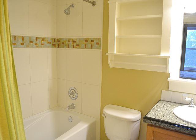 Lasata 3213 ~ Master Bathroom