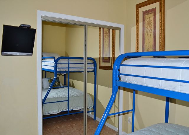 Beach Manor 209 Guest Bedroom