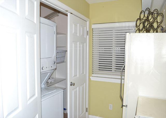 Beach Manor 209 Laundry