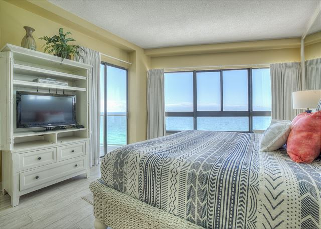 Beachside II 4374 - Master Bedroom