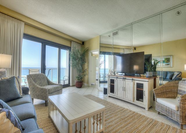 Beachside II 4374 - Living Room
