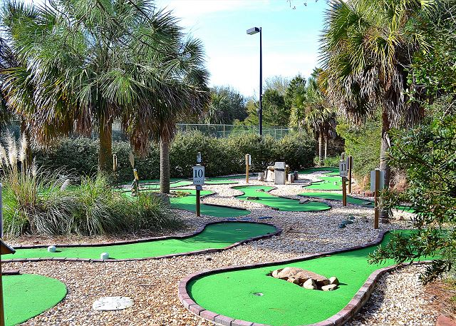 Tops'l Resort Putt Putt