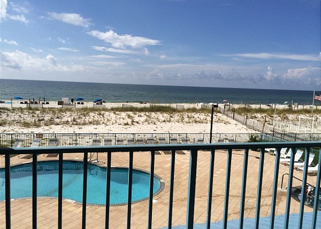 Surf Side Shores 1205