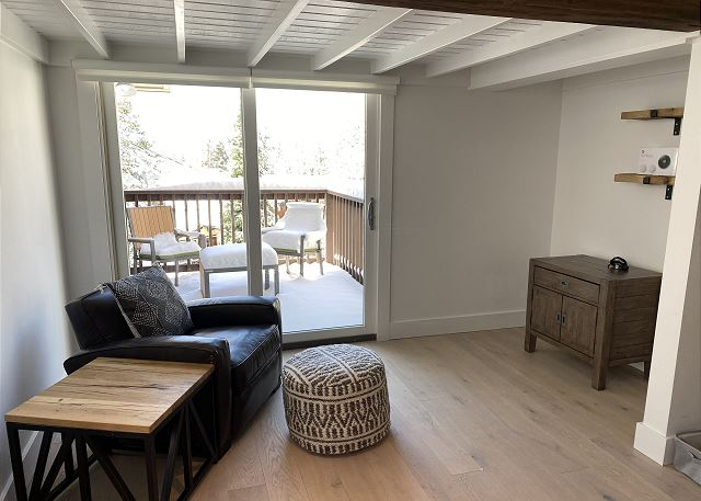 Sitting Area to another Deck